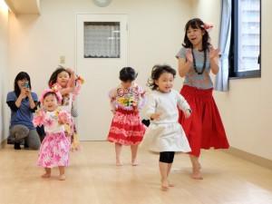 ハワイアンリトミック、フラダンス、フラ、子どもフラ、パウスカート